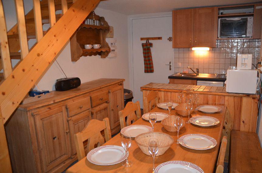 Location au ski Appartement 2 pièces mezzanine 7 personnes (C136) - Residence Le Jettay - Les Menuires - Canapé