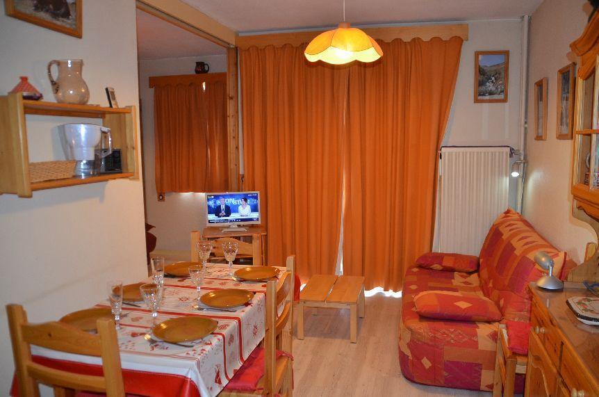 Location au ski Studio coin montagne 4 personnes (B56) - Residence Le Jettay - Les Menuires - Séjour