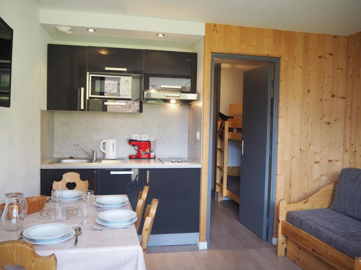 Location au ski Studio coin montagne 3 personnes (125) - Residence Le Median - Les Menuires