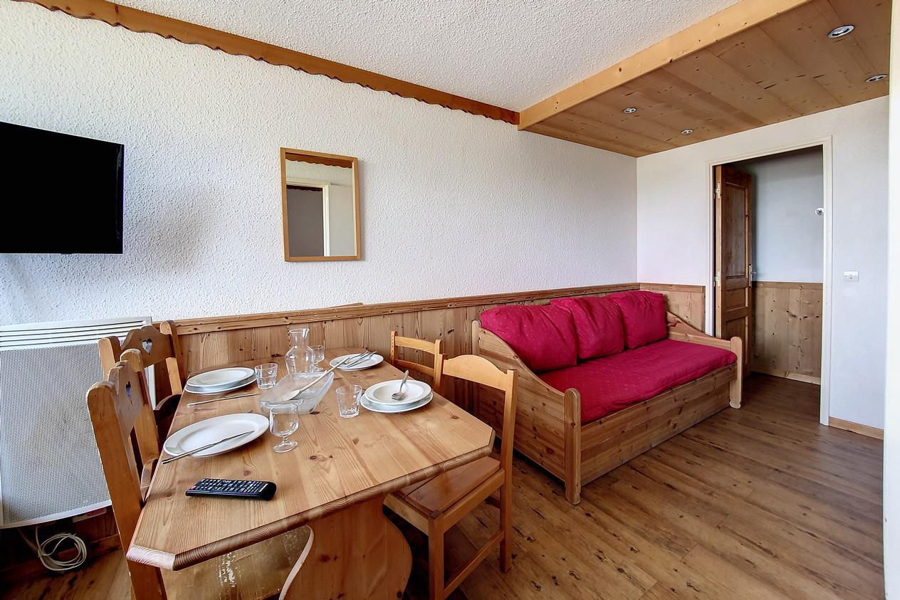 Location au ski Appartement 1 pièces 4 personnes (216) - Residence Le Median - Les Menuires - Canapé