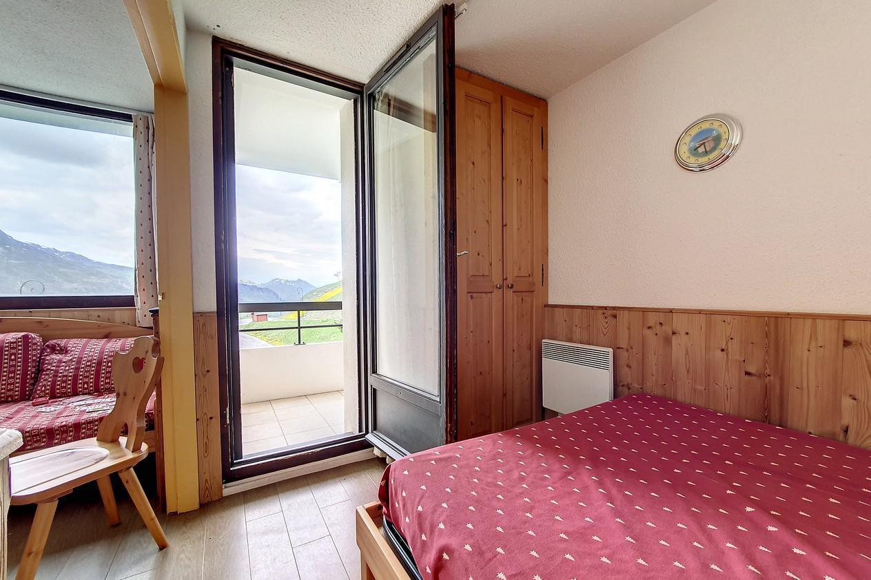 Location au ski Appartement 2 pièces 4 personnes (218) - Residence Le Median - Les Menuires - Canapé