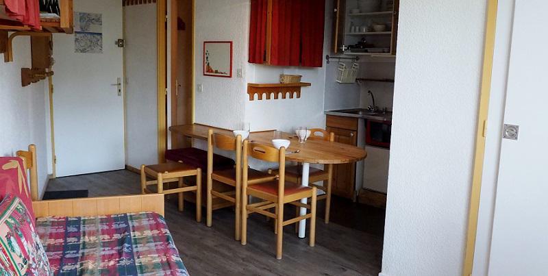 Location au ski Appartement 2 pièces 4 personnes (714) - Residence Le Median - Les Menuires - Coin repas