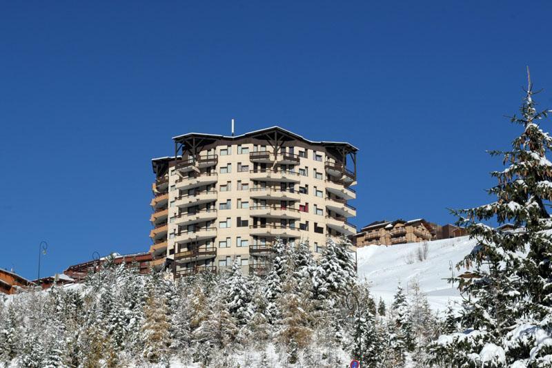 Location au ski Residence Le Median - Les Menuires - Extérieur hiver