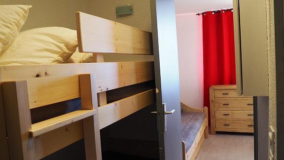 Location au ski Studio coin montagne 3 personnes (125) - Residence Le Median - Les Menuires - Chambre