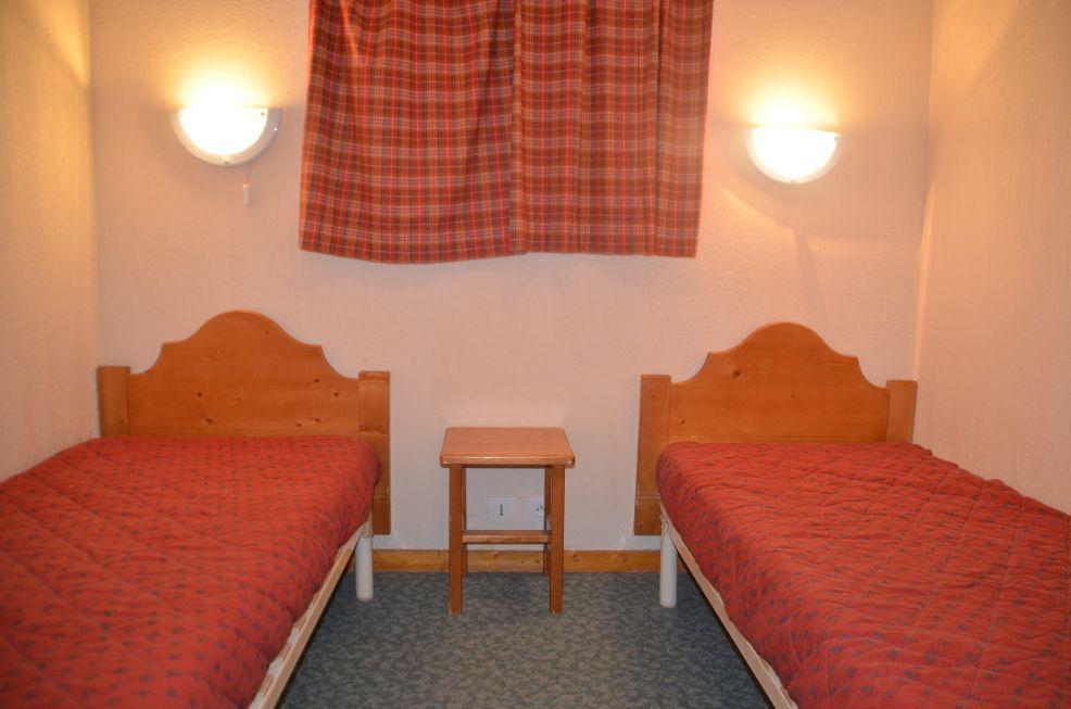 Location au ski Appartement 2 pièces 4 personnes (1011) - Residence Le Valmont - Les Menuires - Lit simple