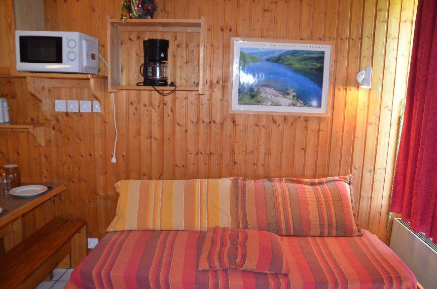Location au ski Studio cabine 5 personnes (712) - Residence Le Villaret - Les Menuires - Kitchenette