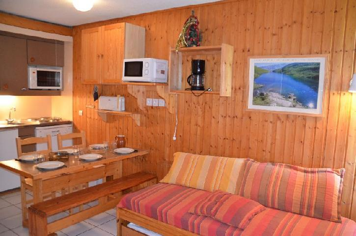 Location au ski Studio cabine 5 personnes (712) - Residence Le Villaret - Les Menuires - Séjour