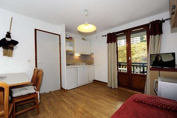 Location au ski Studio cabine 4 personnes (108) - Residence Les Balcons D'olympie - Les Menuires - Séjour