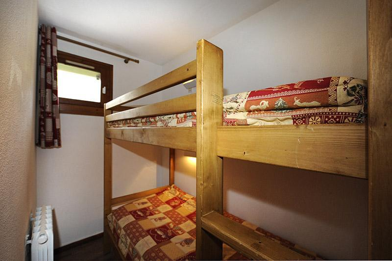 Location au ski Studio cabine 4 personnes (301) - Residence Les Balcons D'olympie - Les Menuires - Lits superposés