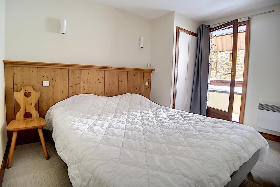 Location au ski Appartement 4 pièces 8 personnes (22) - Residence Les Cristaux - Les Menuires - Lit simple