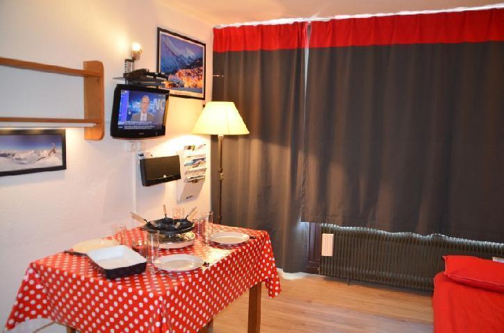 Location au ski Studio 3 personnes (303) - Residence Les Dorons - Les Menuires - Kitchenette