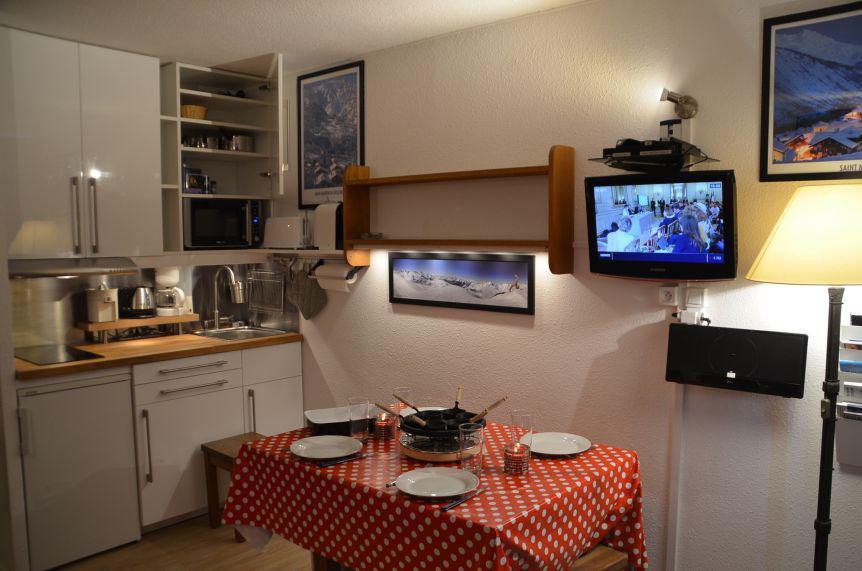Location au ski Studio 3 personnes (303) - Residence Les Dorons - Les Menuires - Lavabo