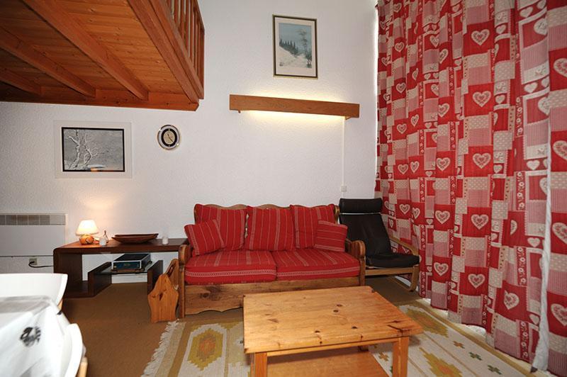 Location au ski Appartement duplex 2 pièces mezzanine 5 personnes (606) - Residence Les Evons - Les Menuires - Banquette