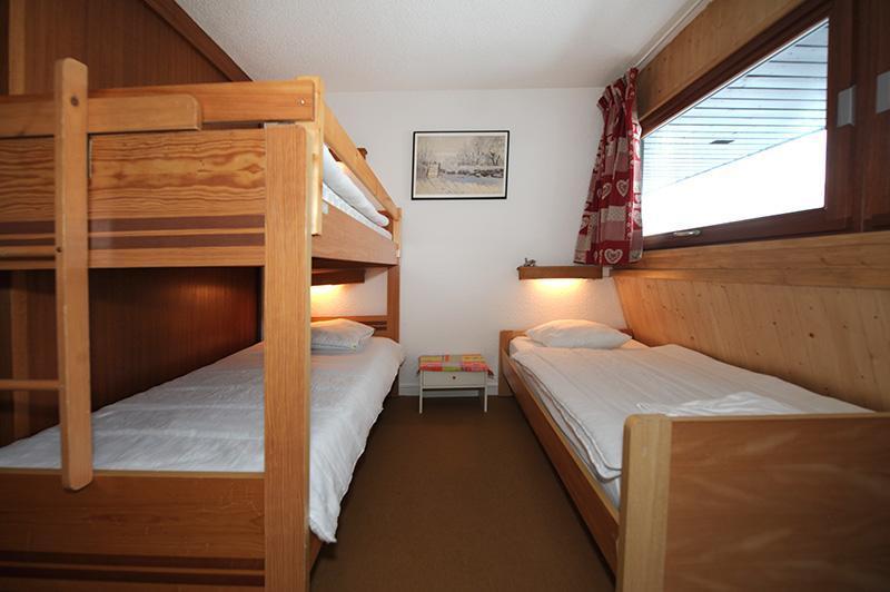 Location au ski Appartement duplex 2 pièces mezzanine 5 personnes (606) - Residence Les Evons - Les Menuires - Couchage
