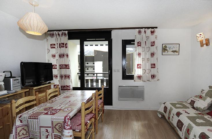 Location au ski Studio cabine 4 personnes (110) - Residence Les Gentianes - Les Menuires - Salle de bains