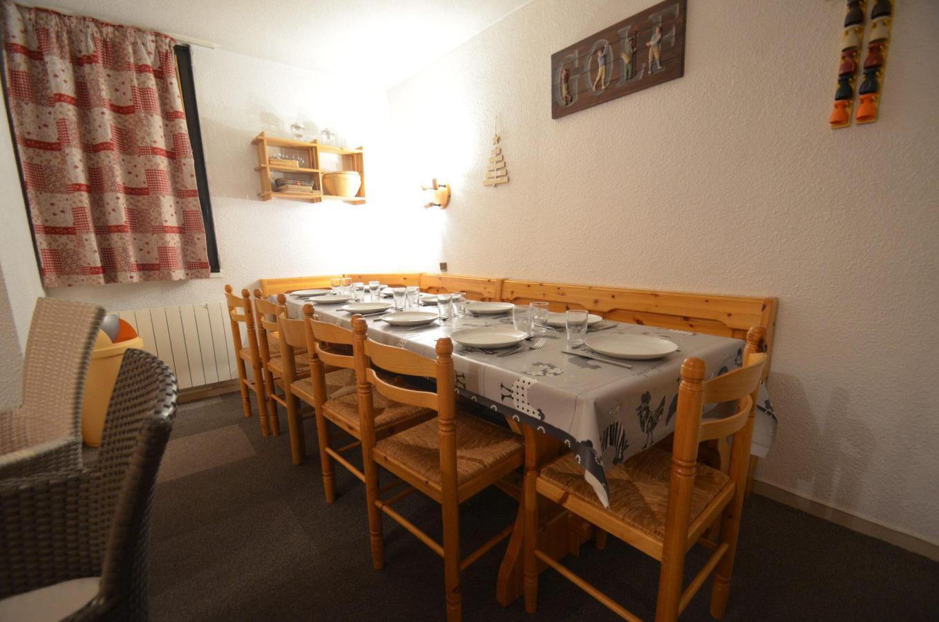 Location au ski Appartement 3 pièces 10 personnes - Residence Les Origanes - Les Menuires - Plan