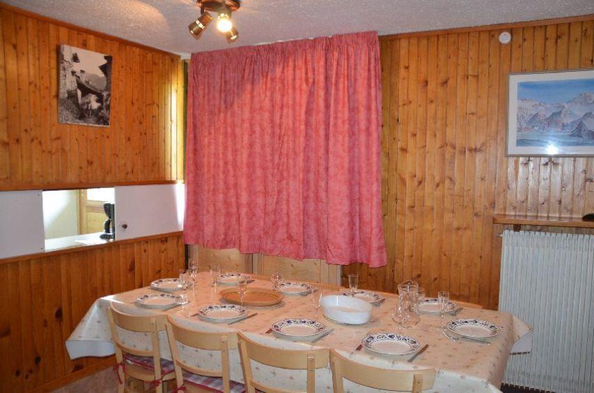 Location au ski Appartement 3 pièces 8 personnes (106) - Residence Pelvoux - Les Menuires - Table