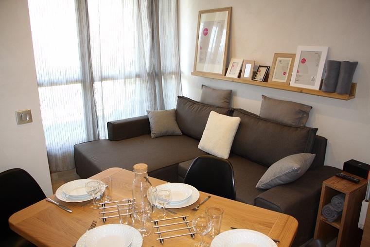 Location au ski Appartement 2 pièces cabine 4 personnes (104) - Residence Soldanelles - Les Menuires - Table