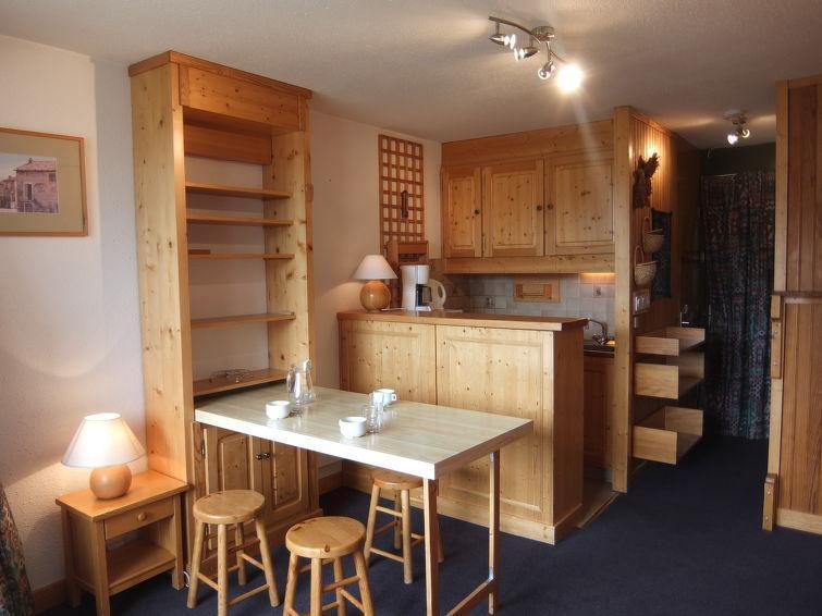 Rent in ski resort 1 room apartment 3 people (8) - Caron - Les Menuires - Apartment