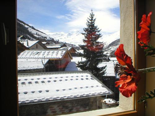 Vacances en montagne Chalet 4 pièces 8 personnes - Chalet Ballade - Les Menuires - Extérieur hiver