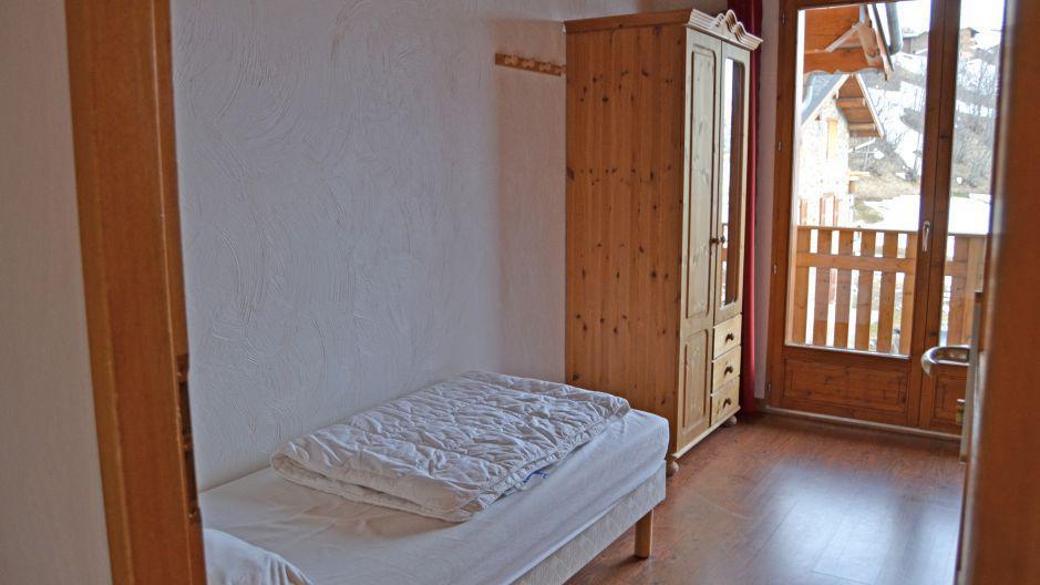 Location au ski Chalet Brequin - Les Menuires - Chambre