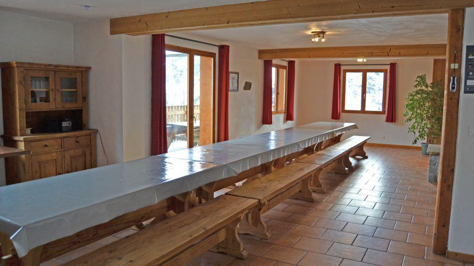 Location au ski Chalet Brequin - Les Menuires - Table