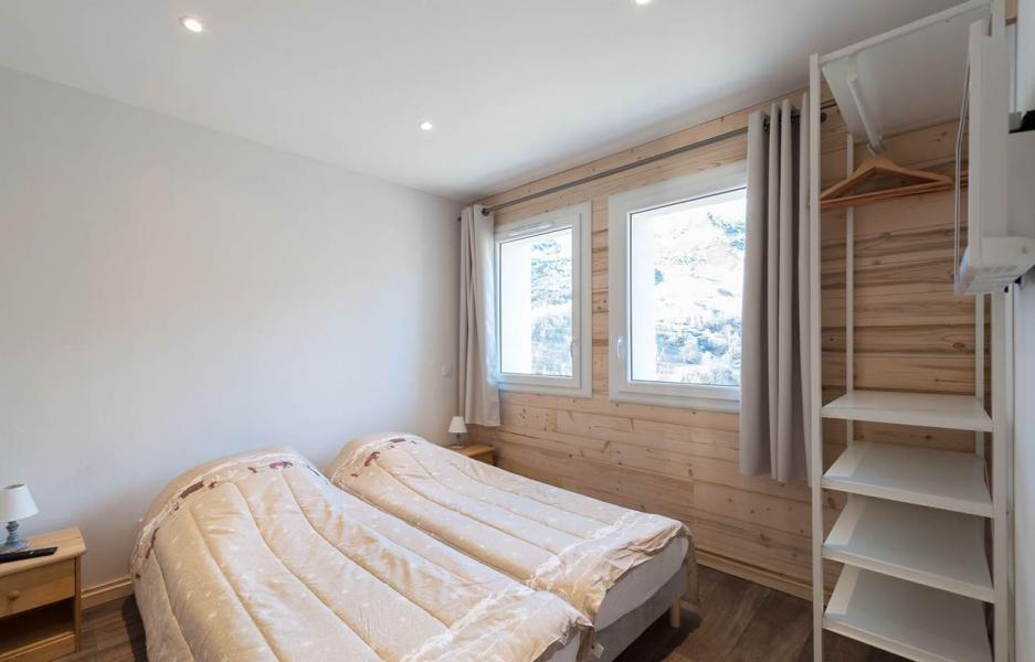 Location au ski Chalet D'Alice - Les Menuires - Chambre