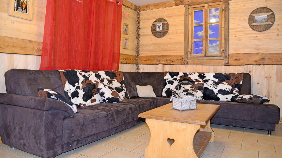 Rent in ski resort Chalet du Berger - Les Menuires - Living room