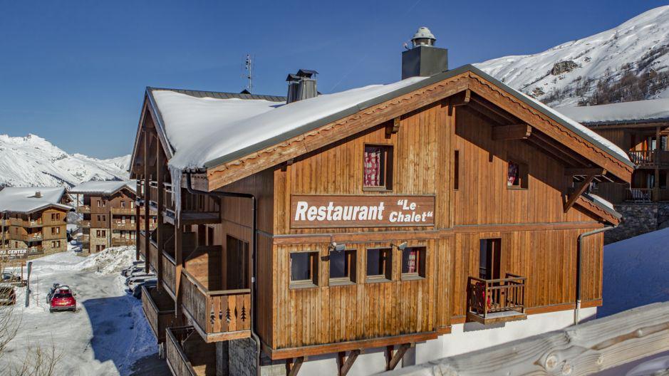 Vacances en montagne Chalet Geffriand - Les Menuires - Extérieur hiver