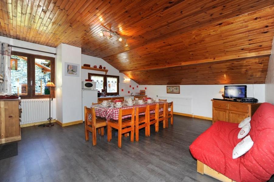 Location au ski Appartement 3 pièces 8 personnes - Chalet le Génépi - Les Menuires - Table