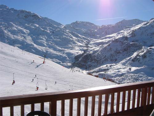 Location au ski Chalet Le Tetras Lyre - Les Menuires - Extérieur hiver