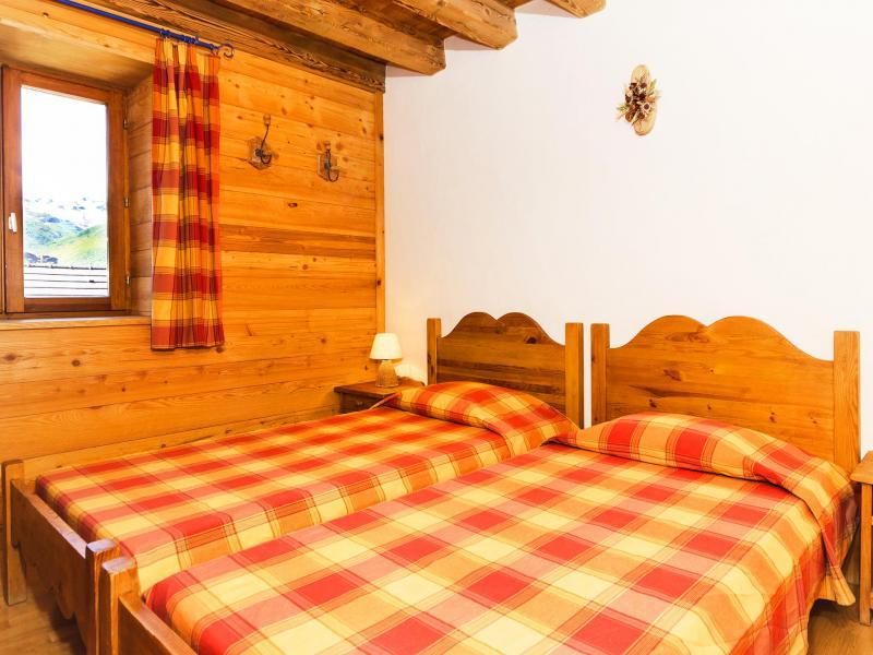Location au ski Chalet Levassaix - Les Menuires - Chambre