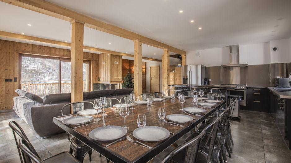 Rent in ski resort Chalet Matangie - Les Menuires - Dining area
