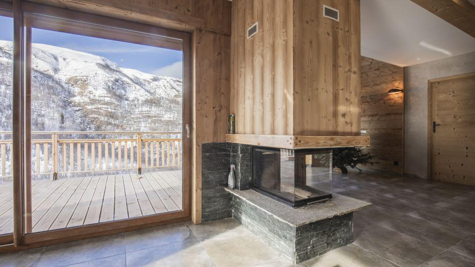 Rent in ski resort Chalet Matangie - Les Menuires - Fireplace