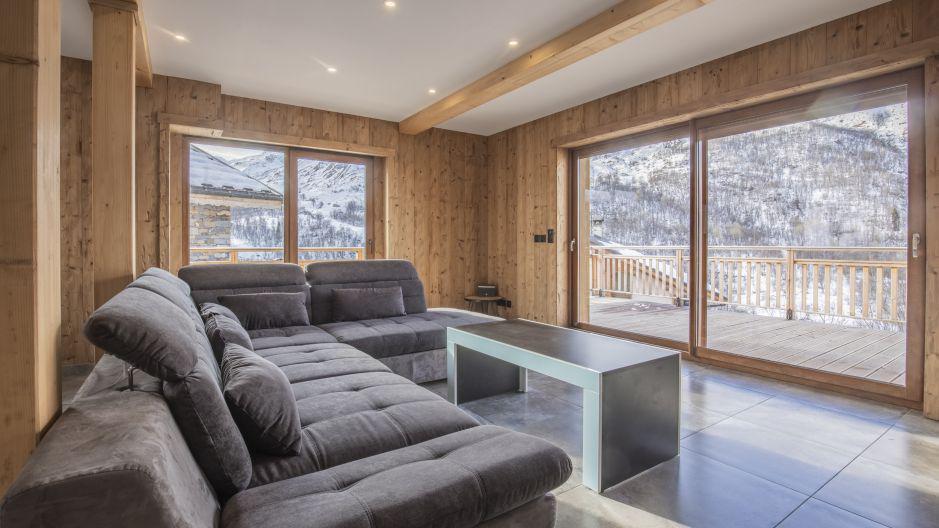 Rent in ski resort Chalet Matangie - Les Menuires - Settee