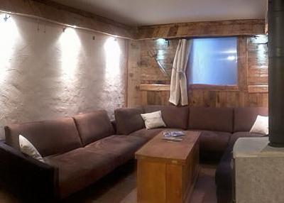 Skiverleih Doppelchalethälfte 8 Zimmer für 14 Personen - Chalet Mil'Ans - Les Menuires - Wohnzimmer