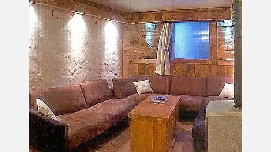 Rent in ski resort Chalet Mil'Ans - Les Menuires - Living room