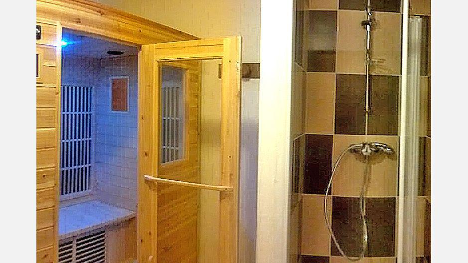Rent in ski resort Chalet Mil'Ans - Les Menuires - Sauna