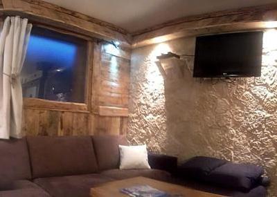 Rent in ski resort Semi-detached 8 room chalet 14 people - Chalet Mil'Ans - Les Menuires - Living room