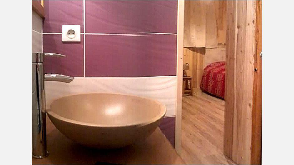 Rent in ski resort Chalet Mil'Ans - Les Menuires - Wash-hand basin