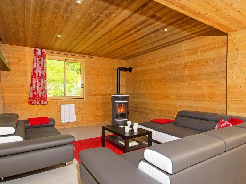Rent in ski resort Chalet Perle des Trois Vallées - Les Menuires - Living room