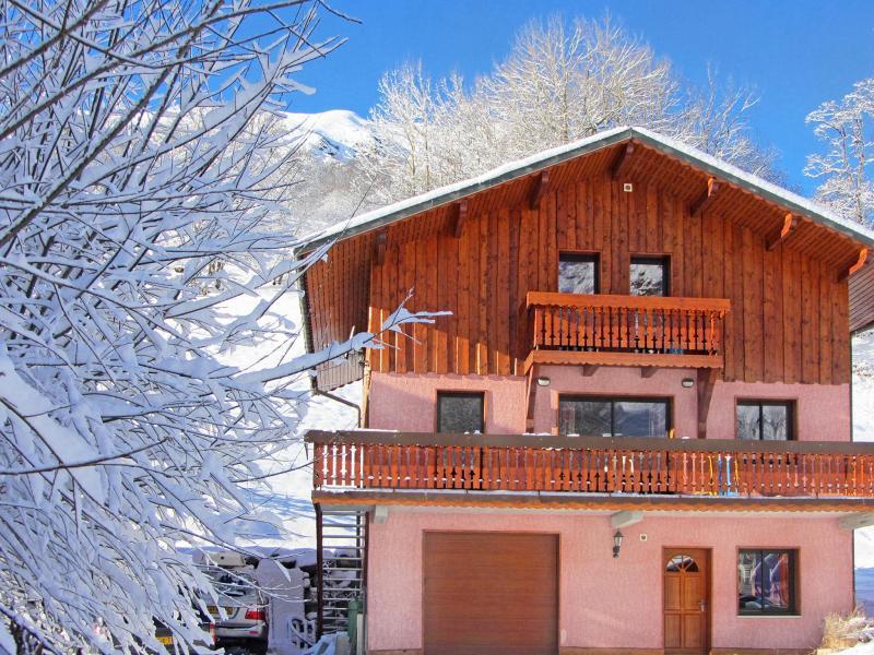 Urlaub in den Bergen Chalet Ski Royal - Les Menuires - Draußen im Winter
