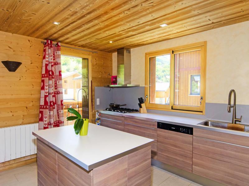 Rent in ski resort Chalet Ski Royal - Les Menuires - Kitchen