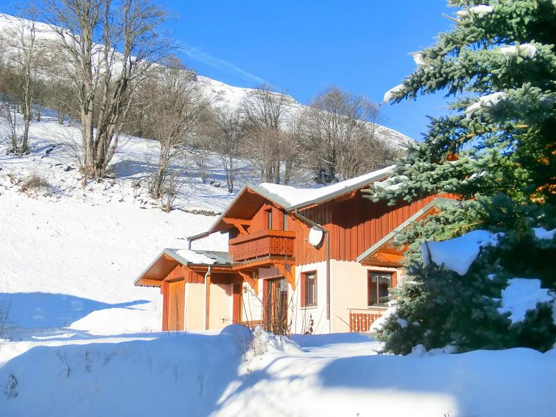 Holiday in mountain resort Chalet Trois Vallées - Les Menuires - Winter outside