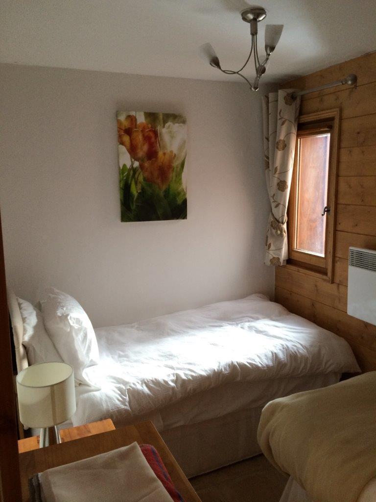 Location au ski Appartement 4 pièces 6 personnes (B4) - Chalets Du Doron - Les Menuires - Lit simple