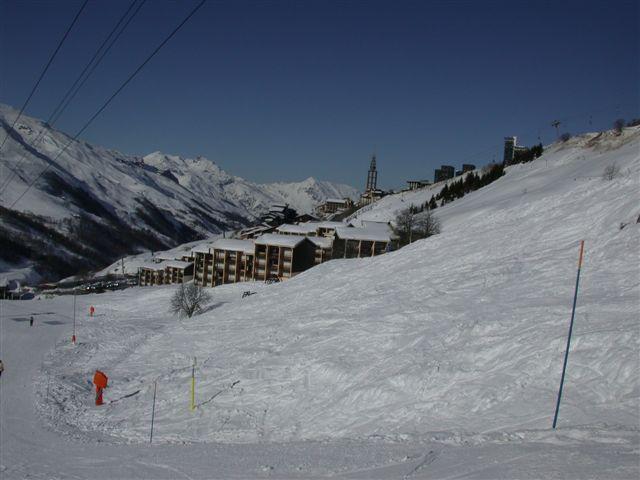 Аренда на лыжном курорте La Résidence Asters - Les Menuires - зимой под открытым небом