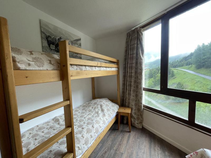 Location au ski Studio coin montagne 4 personnes (820) - La Résidence Caron - Les Menuires - Appartement