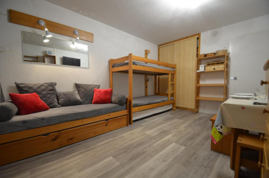Location au ski Studio 4 personnes (819) - La Résidence Chavière - Les Menuires