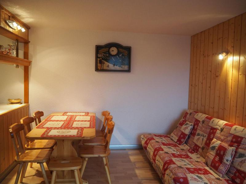 Wynajem na narty Apartament 2 pokojowy 5 osób (635) - La Résidence la Chavière - Les Menuires - Tapczanem