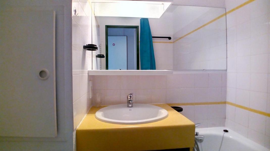 Soggiorno sugli sci Studio con alcova per 4 persone (520) - La Résidence le Necou - Les Menuires - Vasca da bagno
